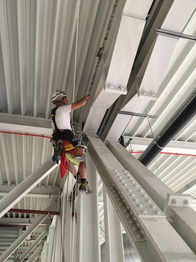 Limpieza de estructuras harrigorri trabajos verticales - Empresas limpieza pamplona ...